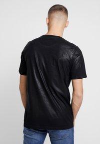 Diesel - T-JUST-J1 T-SHIRT - T-shirt imprimé - black - 2