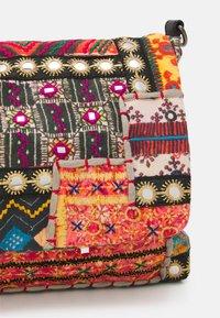 Desigual - BOLS INDIE  - Across body bag - multi-coloured - 3