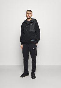 Jordan - AIR - Training jacket - black/dark smoke grey - 1