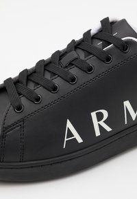 Armani Exchange - Sneaker low - black