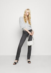 Pepe Jeans - SATURN - Straight leg jeans - black denim