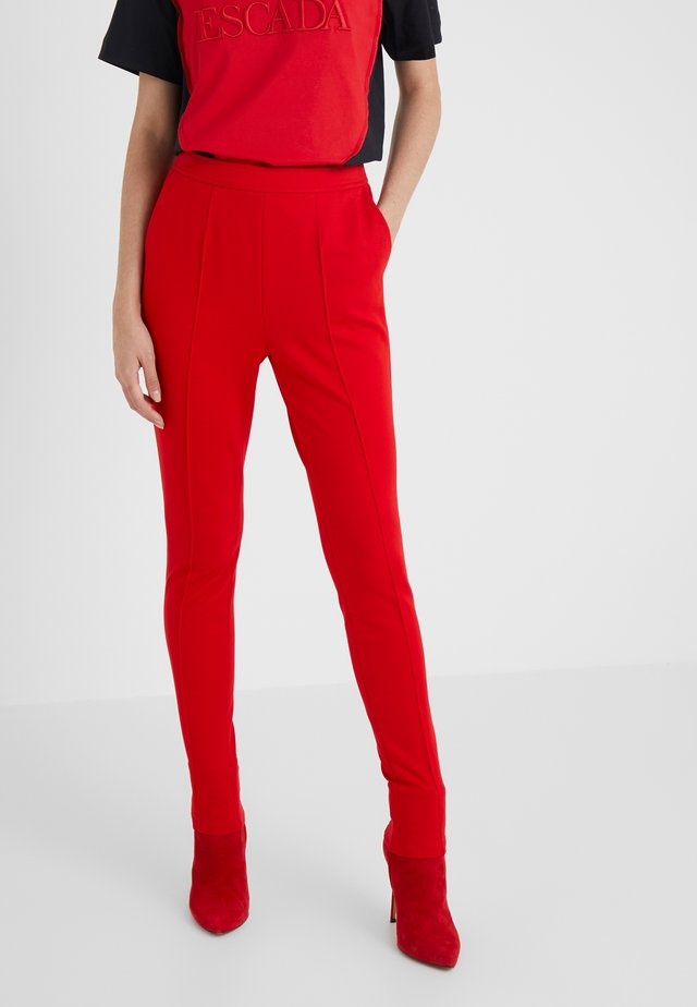 TALICIA TROUSER - Trousers - rita red