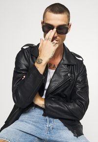 Redefined Rebel - RAUL JACKET - Faux leather jacket - black - 3