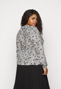 CAPSULE by Simply Be - FRILL BLOUSE - Button-down blouse - black/white - 2