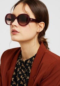 Marc Jacobs - MARC - Sunglasses - ople burg - 1