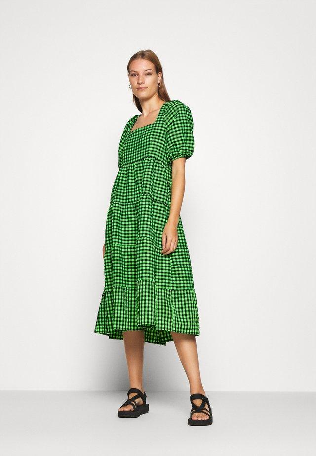 RILLOCRAS - Korte jurk - green