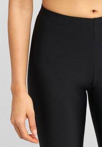 LASCANA - SHAPING CAPRI - Leggings - Stockings - black - 3