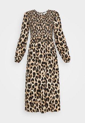 IVALA - Denní šaty - cocoon