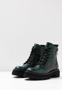 Kennel + Schmenger - BOBBY - Platform ankle boots - verde - 4