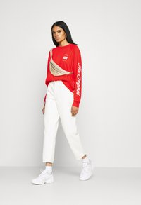 Levi's® - GRAPHIC EVERYDAY CREW - Sweater - poppy red - 1