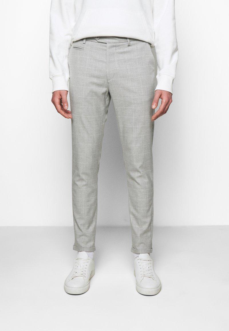 Les Deux - COMO CHECK SUIT PANTS - Trousers - grey melange/offwhite