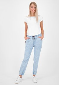 alife & kickin - ALICIAAK  - Relaxed fit jeans - light denim - 1