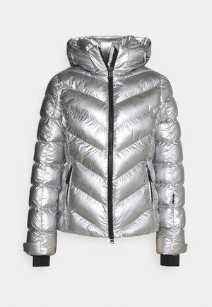 SASSY - Kurtka narciarska - silver