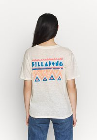 Billabong - THEY ARE COMING - Print T-shirt - salt crystal - 2