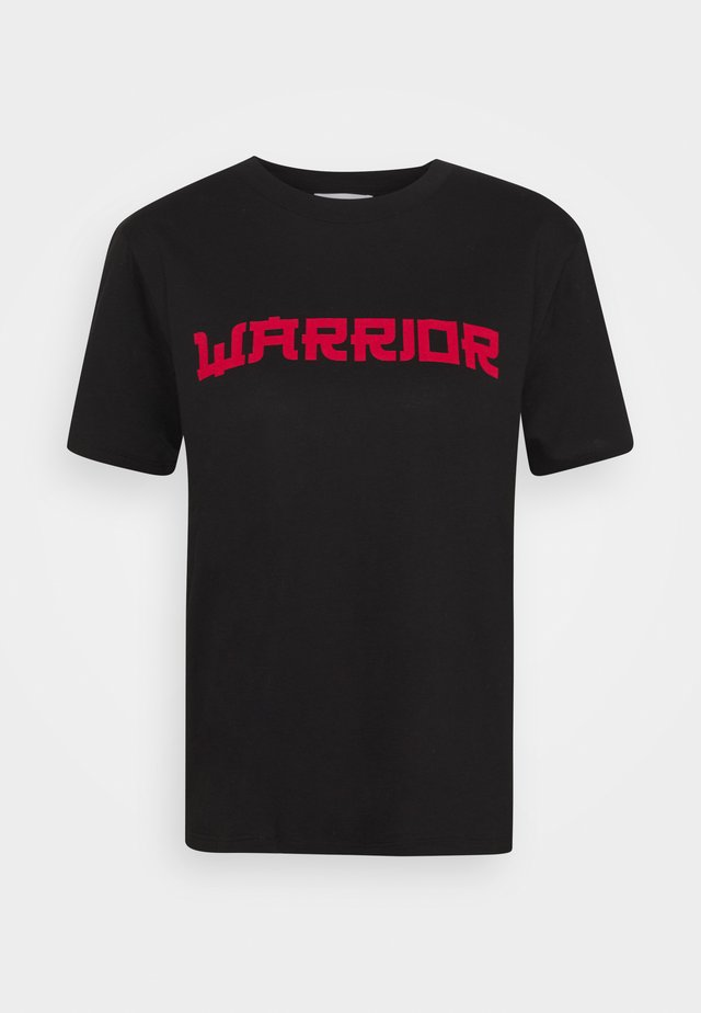 TABBY WARRIOR - Printtipaita - black