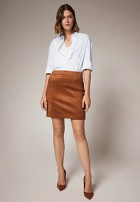 comma - Pencil skirt - toffee - 1