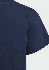 adidas Originals - TREFOIL T-SHIRT - Camiseta estampada - blue - 3