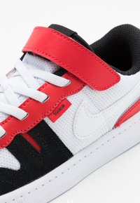 Nike Sportswear - SQUASH-TYPE UNISEX - Trainers - white/black/universitiy red - 5