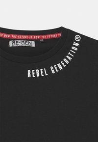 Re-Gen - TEEN BOYS  - Print T-shirt - black - 2