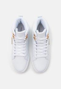 Pier One - Sneakersy wysokie - white - 3