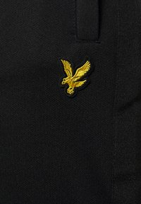 Lyle & Scott - TRACK PANT WITH TAPING - Träningsbyxor - jet black - 5