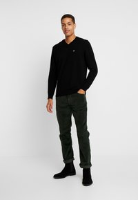 Timberland - SQUAM LAKE STRETCH PANT - Trousers - duffel bag - 1