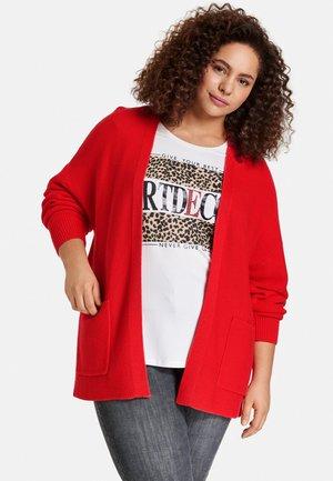 Vest - power red