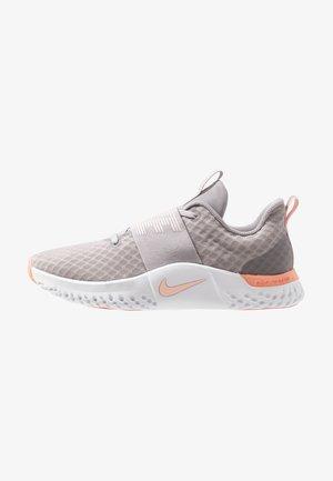 RENEW IN-SEASON TR 9 - Sports shoes - atmosphere grey/echo pink/pink quartz/white