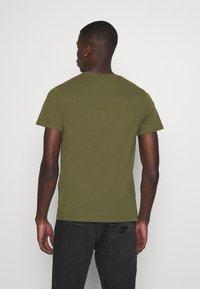 Levi's® - ORIGINAL TEE - T-shirts basic - olive night - 2