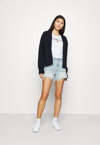 Abercrombie & Fitch - CURVE LOVE HIGH RISE MOM - Denim shorts - dark - 1
