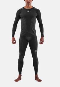Skins - Sports shirt - black - 0