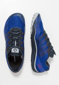Merrell - TRAIL GLOVE 5 - Trail running shoes - surf the web - 1