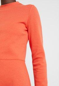 Opus - WONITA - Sukienka z dżerseju - fresh coral - 6