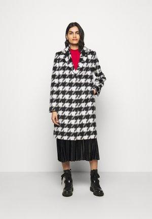 MARONI - Classic coat - black