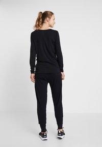 Cotton On Body - DROP CROTCH STUDIO PANT - Tracksuit bottoms - black - 2