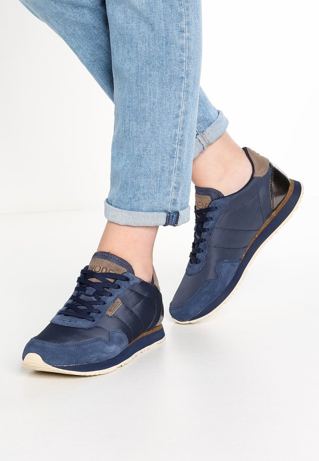 Nora II  - Trainers - navy