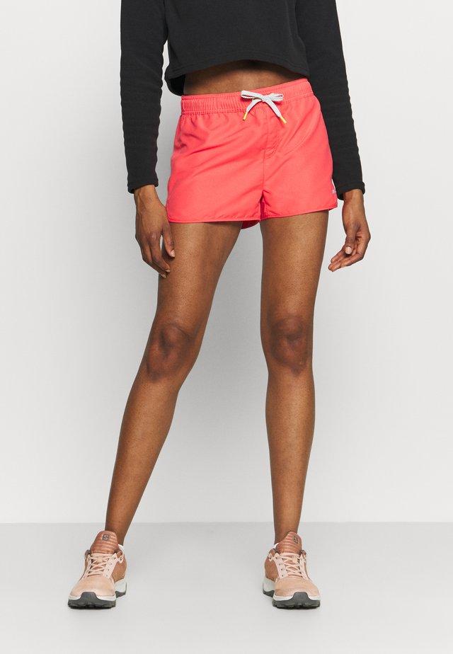 MAYEN - Korte broeken - hot pink
