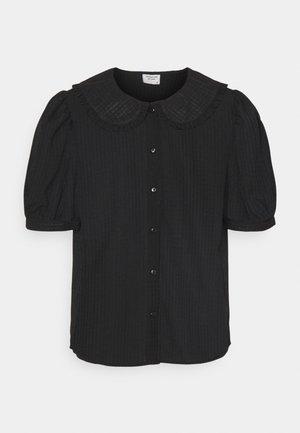 JDYLAURE COLLAR SHIRT - Button-down blouse - black