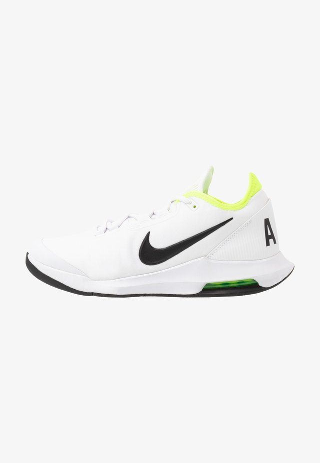 NIKECOURT AIR MAX WILDCARD - Chaussures de tennis toutes surfaces - white/black/volt