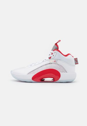 AIR XXXV - Basketball shoes - white/fire red/metallic silver