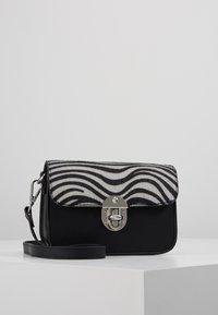 s.Oliver - CITY BAG - Across body bag - white - 0