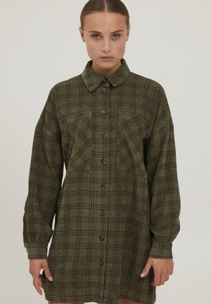 Button-down blouse - grape leaf check