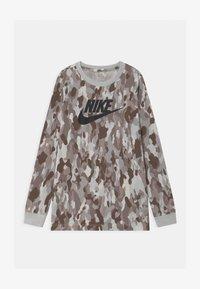 Nike Sportswear - Top sdlouhým rukávem - summit white - 0