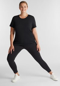 Esprit Sports - CURVY  - Print T-shirt - black - 1