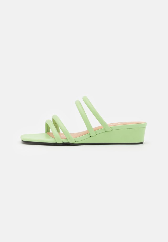 VEGAN CAIO - Mules - green dusty light