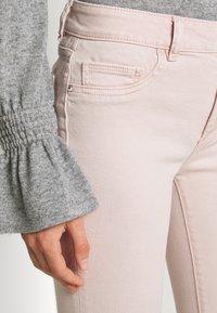 DL1961 - FLORENCE ANKLE MID RISE - Jeans Skinny Fit - camellia - 5