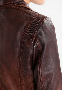 Gipsy - ADVANCE LATEOV - Skinnjakke - vintage brown - 4