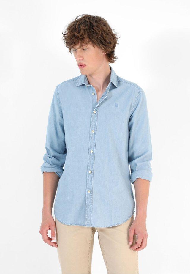 Camisa - light denim
