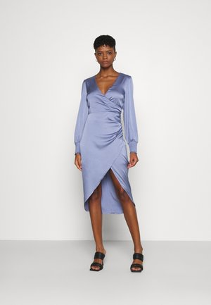 LUCKY ME SMOCK DRESS - Occasion wear - dusty blue