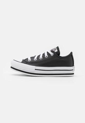 CHUCK TAYLOR ALL STAR PLATFORM - Zapatillas - black/white